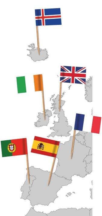 Europakarte mit Flaggenpickern Island, Irland, Großbritannien, Frankreich, Spanien und Portugal